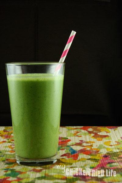 Tropical Green Smoothie - My Chicken Fried Life